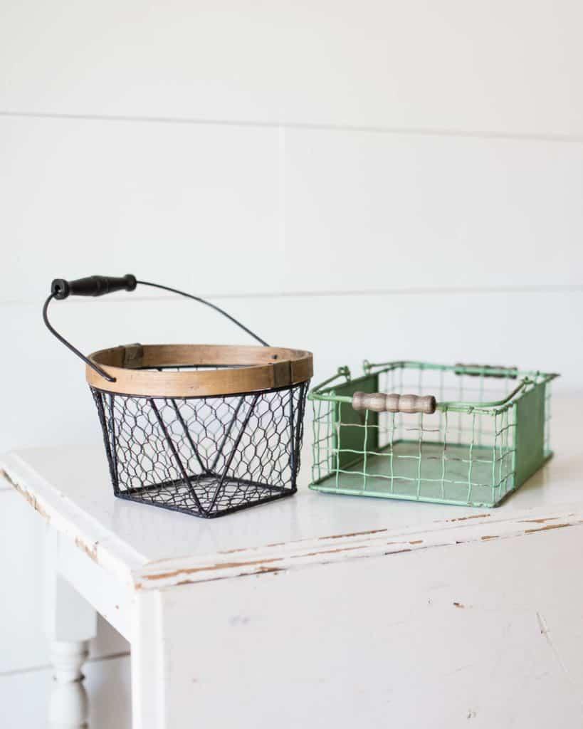 Unsplash_CleaningYourRoomChecklist_Baskets