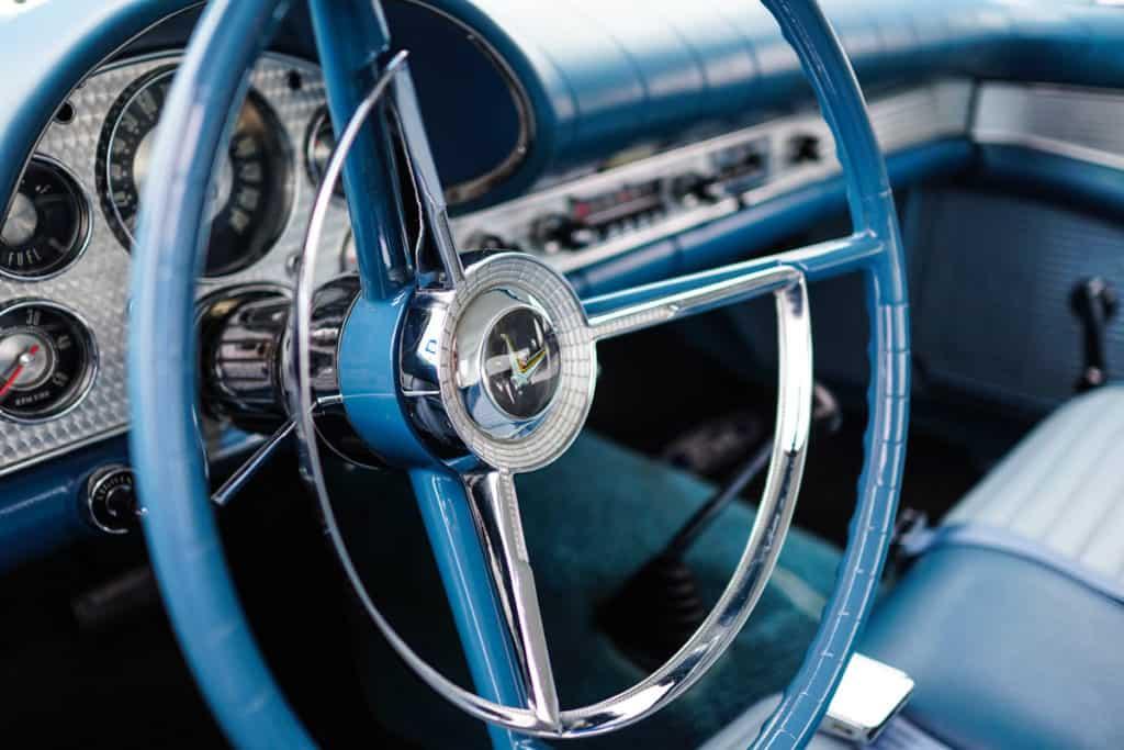 Flickr_DryerSheetsInCar-car-interior
